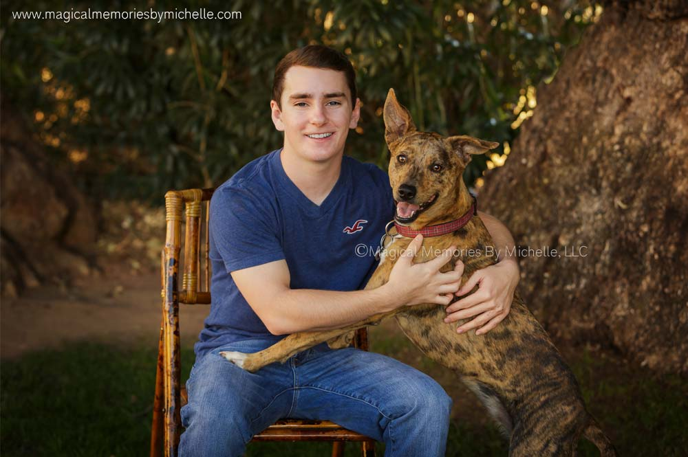 Senior pictures for guys with dogs