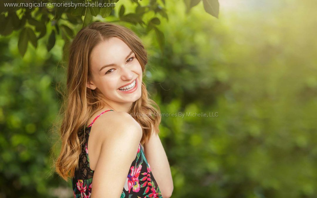 Gilbert Senior Photographer | Senior Pictures | Styled Photo Shoot in Downtown Gilbert
